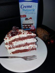 Tort Red Velvet cu ciocolata alba