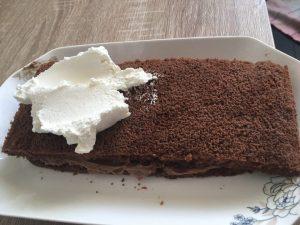 Tort Praga cu crema de ciocolata