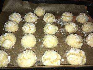 Biscuiti crapaciosi cu portocala
