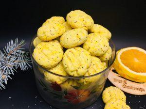 Biscuiti cu mac si portocala