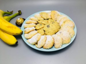 Biscuiti cu banane si ciocolata
