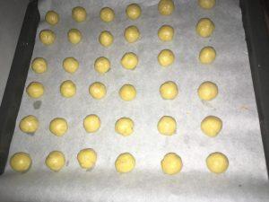 Biscuiti cu ciocolata si portocala